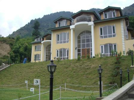 hotel-forest-hill-resort